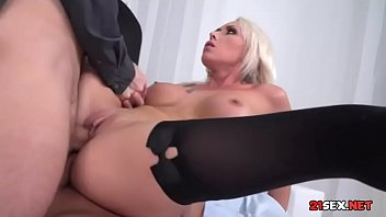 angelica red fox Doggy fuck one after another