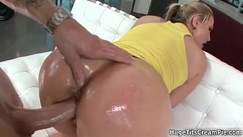 crazy slut goes brunette horny riding College girl play with her big toy hd