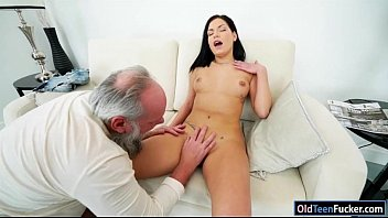 sex is annie a expert Fat wife taking a load