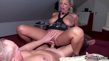 knackige mutter geile deutsche Germature and sons friend
