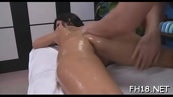 opnig seel chainis xnxx Flower tucci fucks and squirt in front of her son