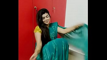 tamil convinced aunty My sexy asian girlfriend stripping and dancing in the shower