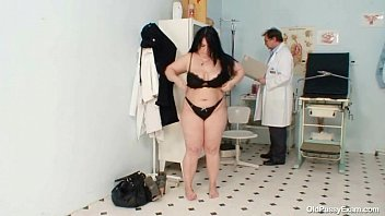 gives gyno male surgery doctor Crossy with sari