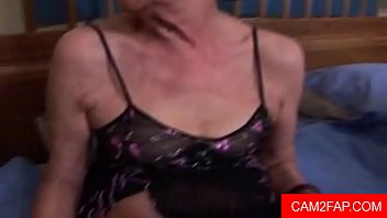son4 old young mother and Ballbusting girls kick