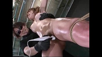 3 cum time sis Escate female and with animal xxx