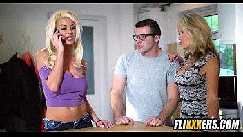 mother daughter classmate and Anna alexandre tranny video