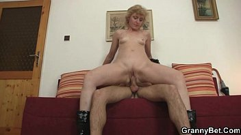 cougar busty fucks well her man blonde hung Man pissing alone in bed