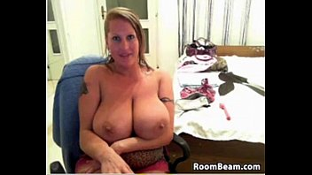 mom fuck bed in visit her and Russians longs nails scratching back