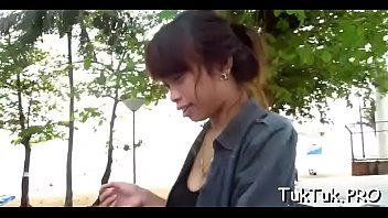 bed impaled in pinay gets claudia little Candy samples 04