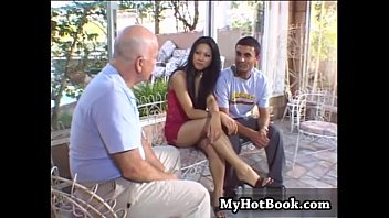 her tried let him to he pull out didnt but Xxxx video 18 school daughter father indian