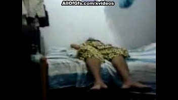 indian and forced fasicial blowjob 3 mujeres y 1 hombre