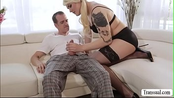 cougar big ass young chubby a fucked dick by gets french Pamela de bs as