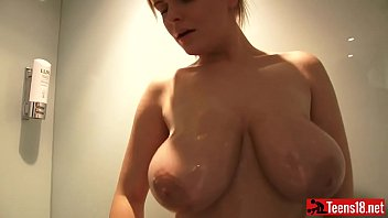 shower boobs big Wwwchaina xxxsex vidiocom
