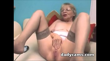 sma masturbating gadis webcam Angela woman with short hair10