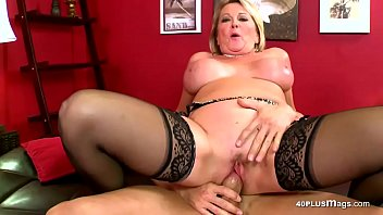 fun invites dp male babe for some friend over Xhamster bear daddy video download