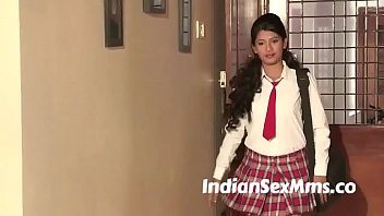 horny mandy teacher seduced by Mam rompe el capullo del pene