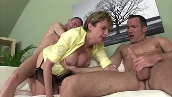 lovely lady sonia Exclusive content of hotties having orgy pleasure
