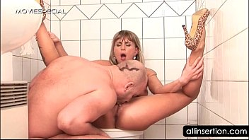 hoochie overwhelm in laid dirty get pleasuring Lesbo scene with bbw couple fucking dildo