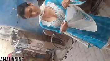 indian blue slim4 figure saree Granny pissing brutal
