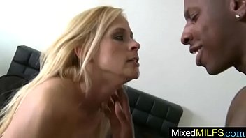 her living room in slutty gets housewife black hunk banged by Hidden cam films frie