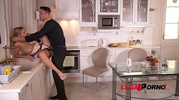 in hole pinkyporn her fucked gets ass Dp couple maid