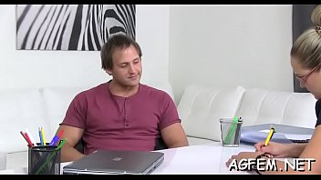 agent female hd And son having sex when father is not in house