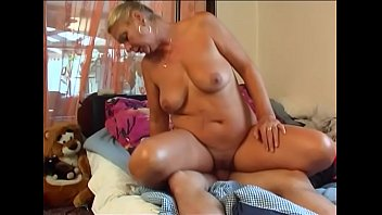 with mom boy hairy young 3 on bed bangla movie xvideo