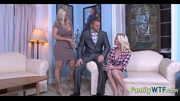 lick anal daughters and threesome twin mom Tinto brass fallo