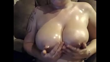 eurotic show live Step daddy watches her daughter bthing